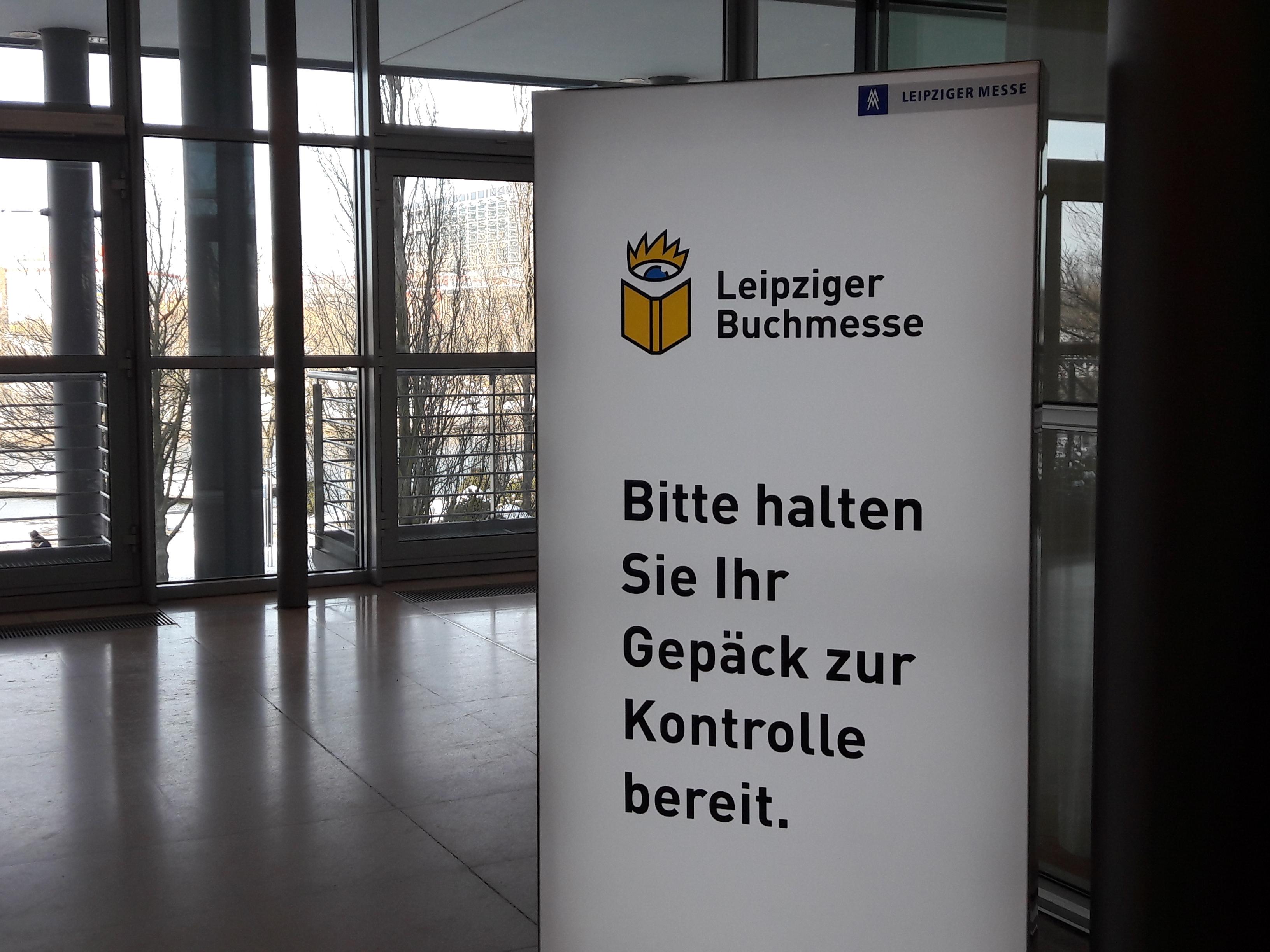 Dies ist meine erste Leipziger Buchmesse mit Taschenkontrolle.