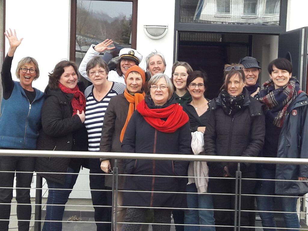 Gruppenbild mit Kapitänin - der Schreibkurs 2019, Copyright Cornelia Saxe