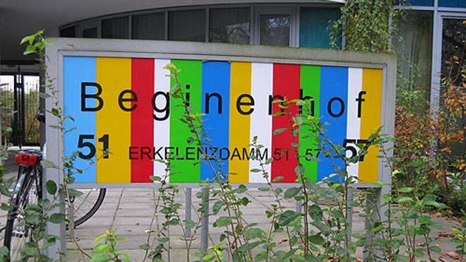 Eingang des Berliner Beginenhofes am Erkelenzdamm, Copyright: Cornelia Saxe